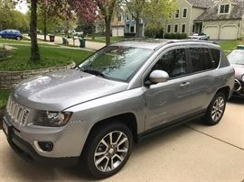 2016 Jeep Compass High Altitude 4WD, low miles