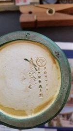 Mint- Ephraim Pottery- Artst Signed