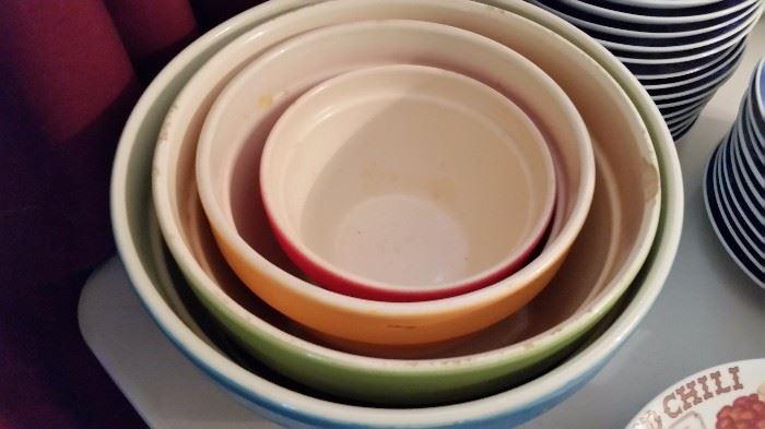 Multi Color Bowl Set
