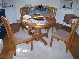 OLD OAK TABLE & 4 NEWER OAK CHAIRS