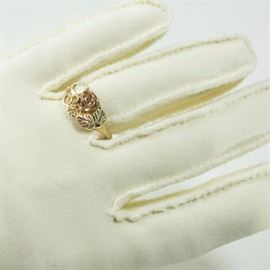 10-karat -Gold -Floral -Ring-estate-rose-gold