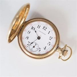WALTHAM-Hunter-Double-Case-Pocket-watch-14-karat-gold-yellow -cleaned-and -maintained-woman