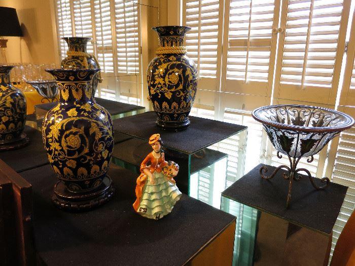 Geobel Lady Figurein, Vases