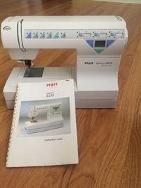 Pfaff Tiptonic Sewing Machine