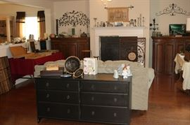 6 Drawer Black Dresser