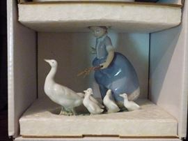 "Lladro #5503 ""Hurry Now"" with original box"