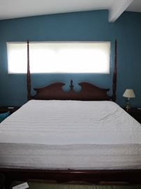 4 poster bed - King