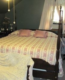 Canopy bed / four poster bed    canopy pieces under bed
