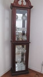 Curio Cabinet, Waterford Crystal