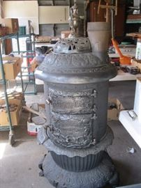 Dowagiac Stove (condition is excellent)