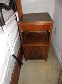 Another view of pair of night stands