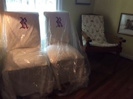 SET OF 4 PARSON CHAIRS