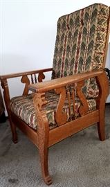 Great condition oak Morris chair