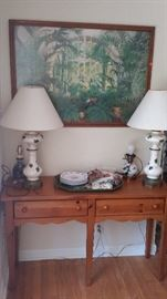 Broyhill, 2-drawer console table, ceramic table lamps with hand-painted ivy motif