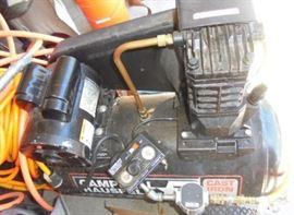Campbell Hausfeld Cast Iron Compressor, 4.5HP, 20 gallon