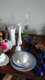 Oil lamp, milk glass, glassware