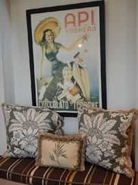 FRENCH POSTERS AND DECORATIVE PILLOWS