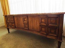 Gordon's Inc Fine Furniture