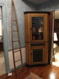Painted corner cupboard, one piece
