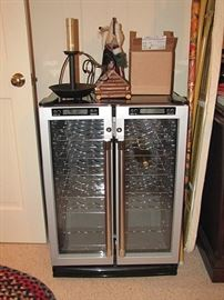 Wine cooler, works perfectly