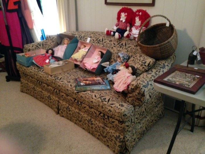 Camel back sofa, Madame Alexander dolls