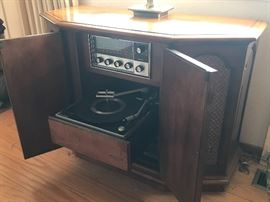 Vintage record player in excellent condition