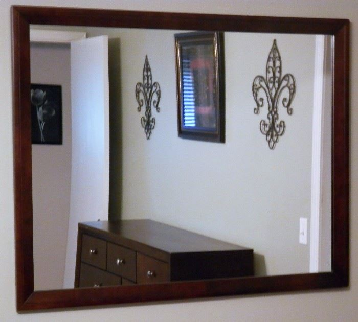 """King Size Bedroom Set Including: Bed W/Mattress & Box Springs, 2 Night Stands, 9 Drawer Dress, 5 Drawer Chest, & 45""""x36"""" Mirror"""