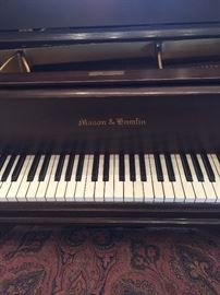 Beautiful original antique circa 1924  baby grand piano with a player system that homeowners have receipt for 6,000. just for the system all reasonable offers will be considered!