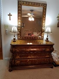 Beautiful chest with mirror
