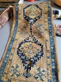 Beautiful antique/vintage runner