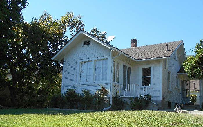 Charming Cottage In San Antonio Heights Upland Starts