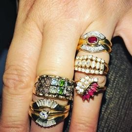 GOLD RINGS WITH DIAMONDS AND RUBIES
