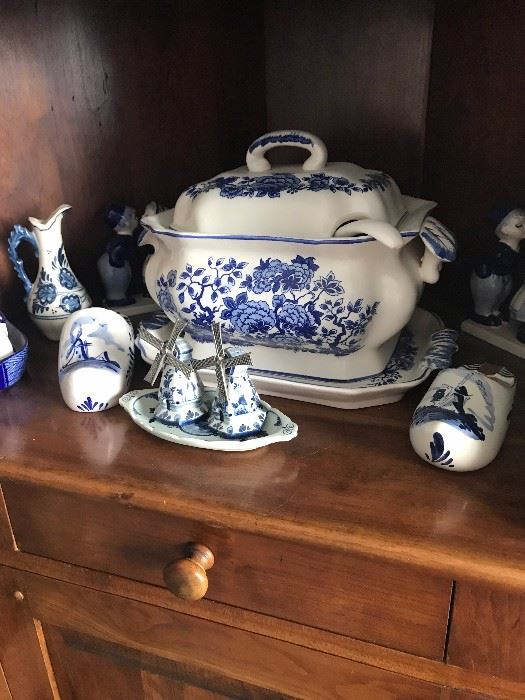 HUGE COLLECTION OF BLUE POTTERY INCLUDING DELFT BLUE POTTERY , ROYAL DELFT, BLUE DANUBE POTTERY