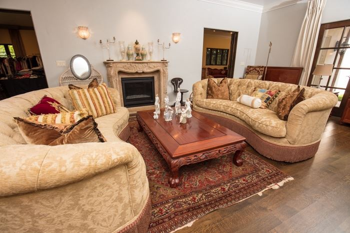 Traditional Pasadena Estate Sale With China Chinese Furniture And Designer Clothing