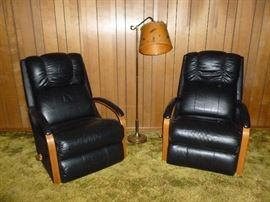 Pair of retro recliners