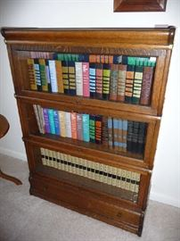 BARRISTER CABINET, BOOKS