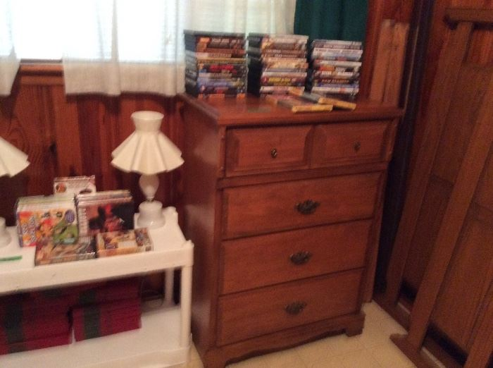 Pair of lamps, chest, DVD's, VHS tapes, books