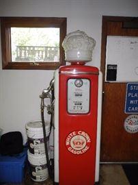 Vintage White Crown (Standard) gas pump