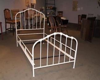 Charleston Forge Twin Iron Bed
