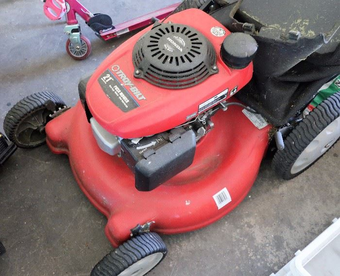 "Troy Built 21"" Power Mower w/Bagger"