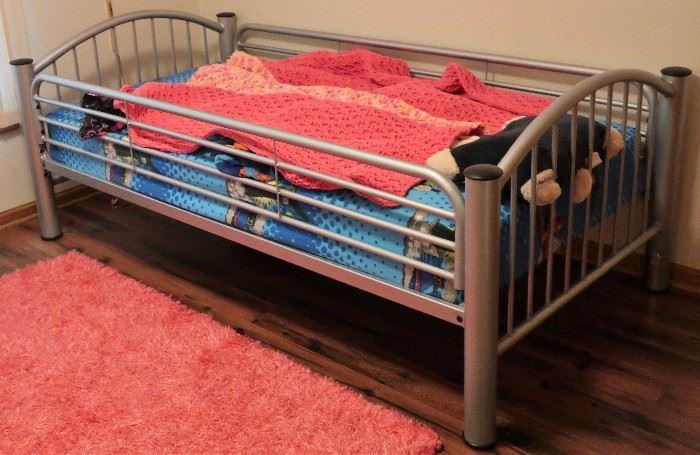 Metal Twin Bunk Beds