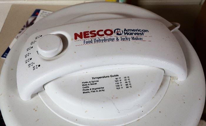 Nesco Food Dehydrator & Jerky Maker