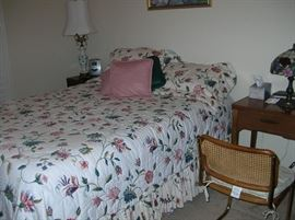Nice furnishings, bed, lamps more