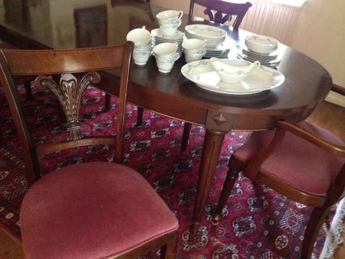 Oval Dining Room Table w/ 2 Leaves & 6 Chairs, China