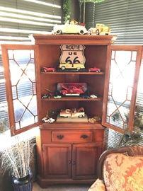 Vintage Federal revial corner cabinet
