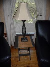 FOLDING PLASTIC PATIO TABLE, LAMP