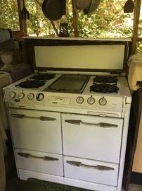 Okeefe and and Merritt stove