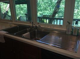 Kitchen Aid stainless steel sink