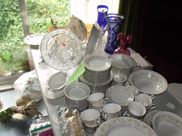 Beautiful Noritake china set!