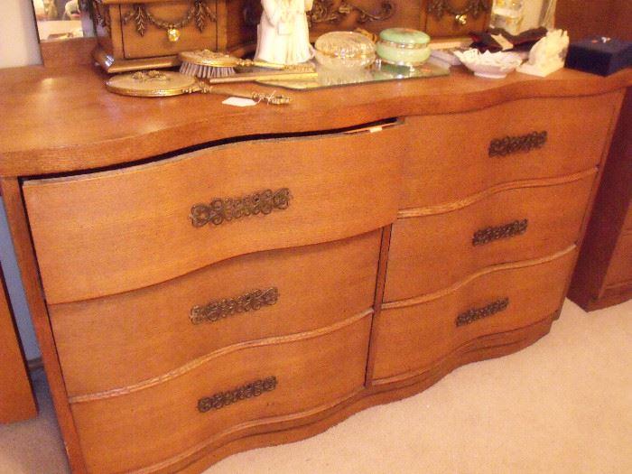 Serpentine dresser with mirror